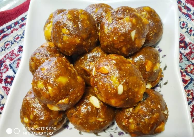 Recipe of Award-winning Maize Roti Ladoo