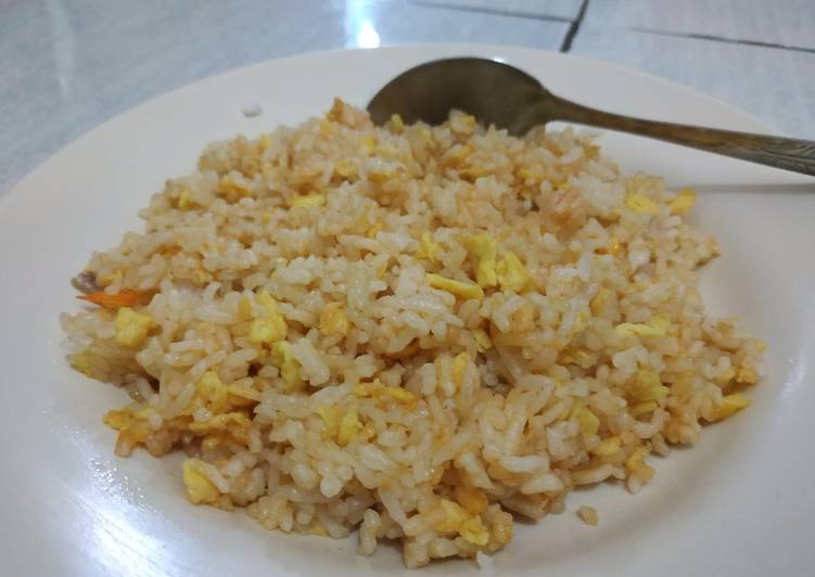 Resep Nasi goreng telur anak kos Paling Gampang