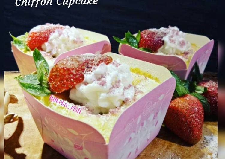 Taro Hokkaido Chiffon Cupcake
