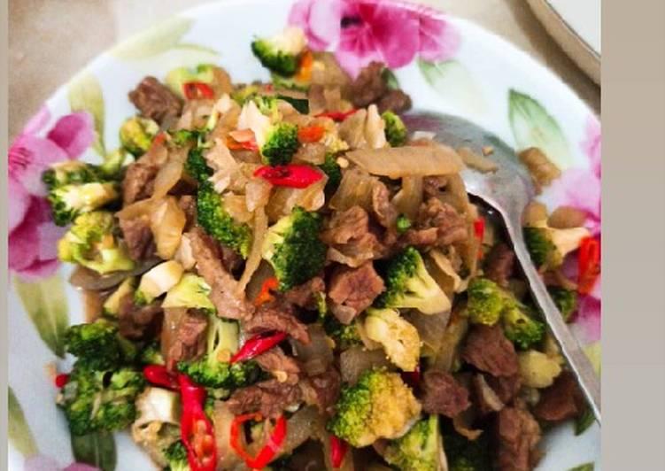 Tumis Bro Cow (brokoli dagingsapi)🤭