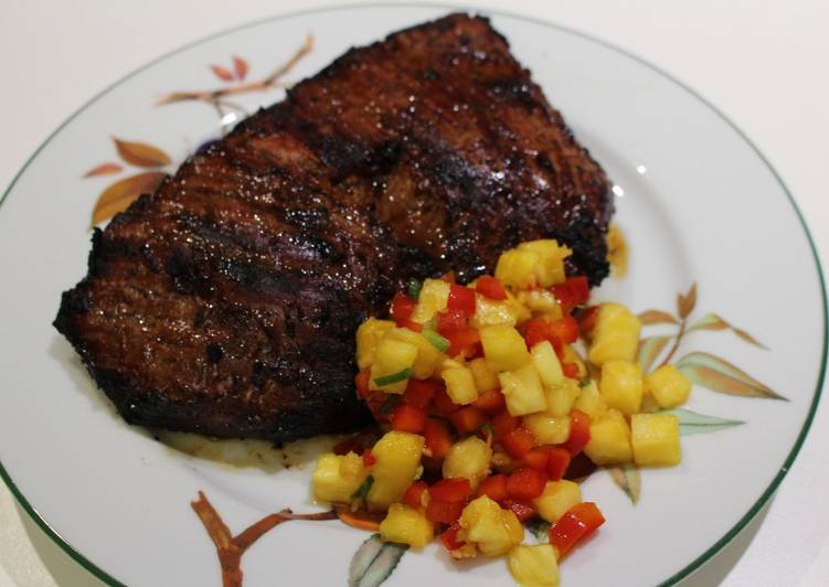 Steps to Prepare Homemade Asian-Spiced Flank Steak with Pineapple-Pepper Salsa