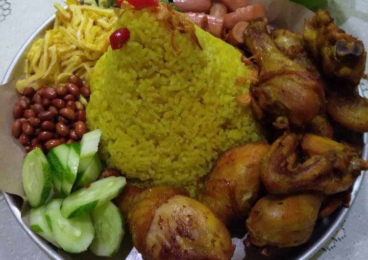 Nasi Kuning Sa'Ubo Rampene