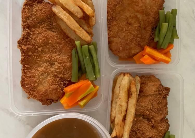 Chicken katsu plus saos ala waroeng steak