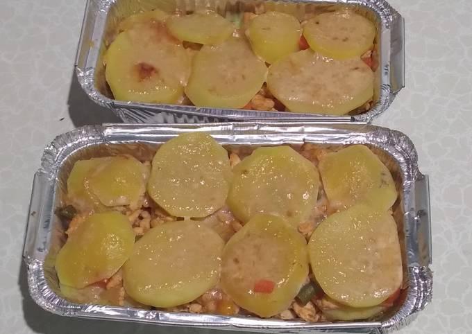 Lasagna kentang dan ayam-menu diet