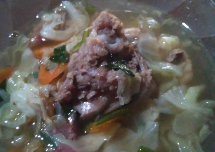 Soup tulang kambing