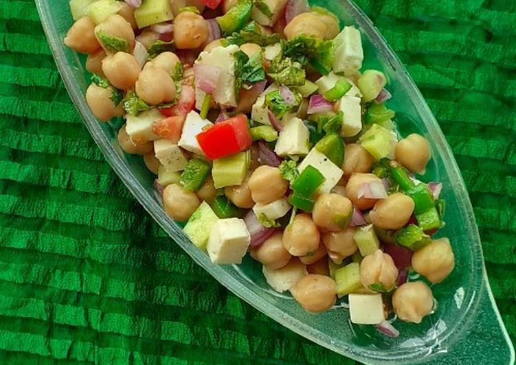 Cottage cheese Chick pea bowl