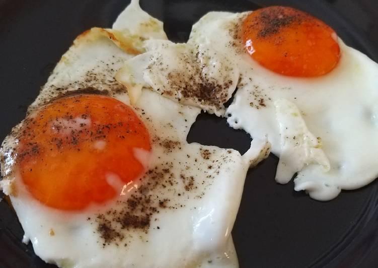 Uova all'occhio di bue