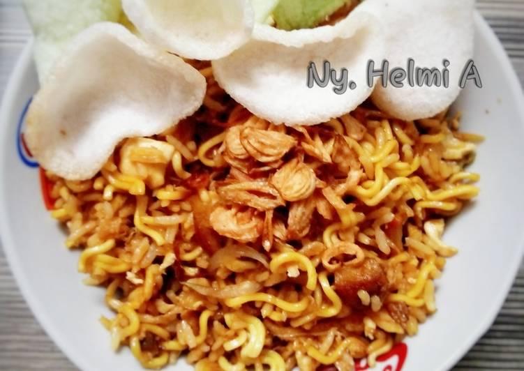 Nasi Goreng Mawut dari Bahan Sisa :)