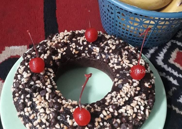 Langkah Mudah untuk Menyiapkan Brownies pisang coklat panggang, Dijamin Endes