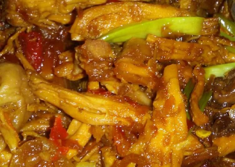 Suwir ayam kecap manis pedas