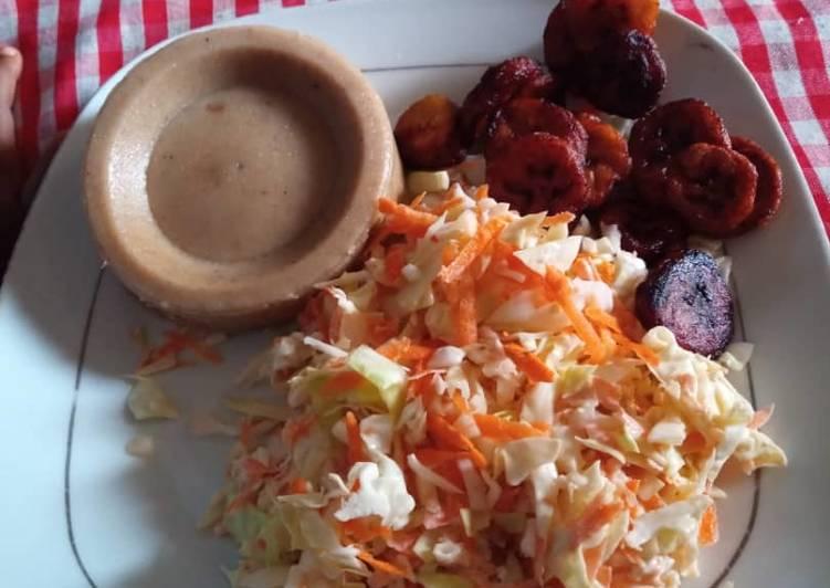 Moimoi,coleslaw and fried plantain