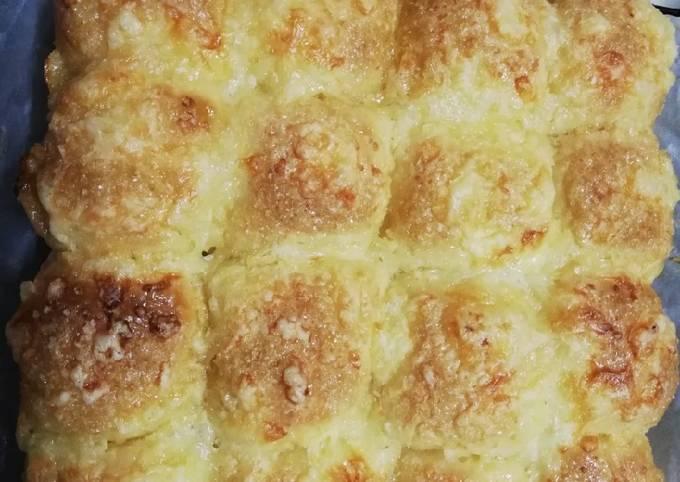 Resepi Roti Cheese Gula - Sangat sedap dimakan ketika masih panas kerana.
