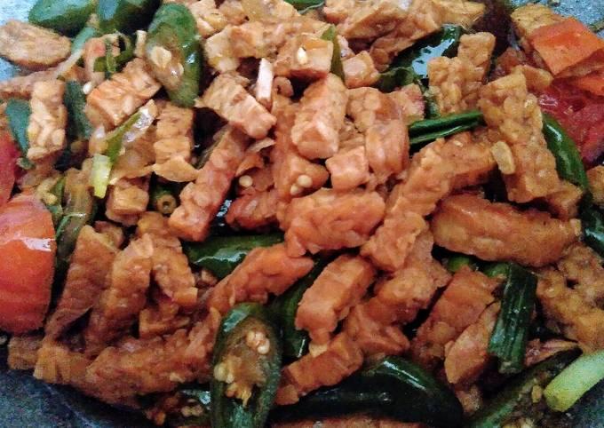 Oseng-oseng Tempe / Stir-fried Tempe (Vegan)