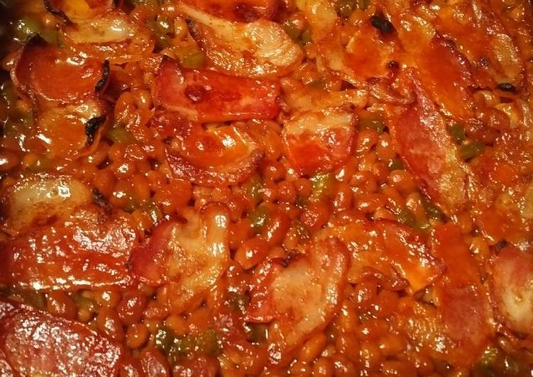 Baked Beans with bell pepper and bacon