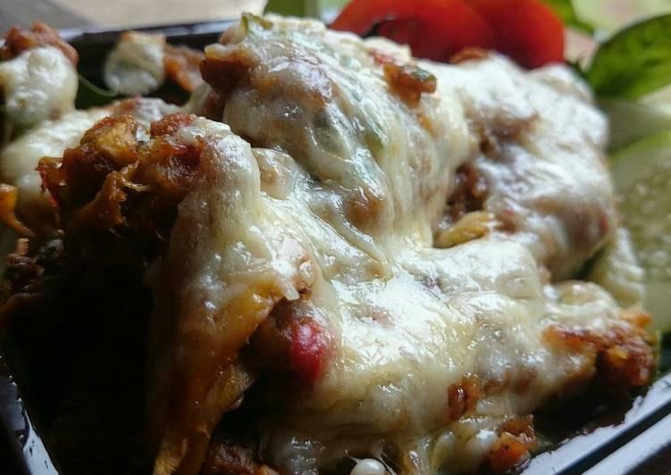Ayam geprek mozzarella sambel mangga
