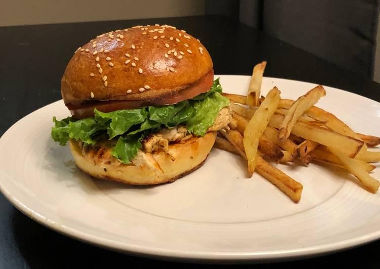 Juicy California Grilled Chicken Burger