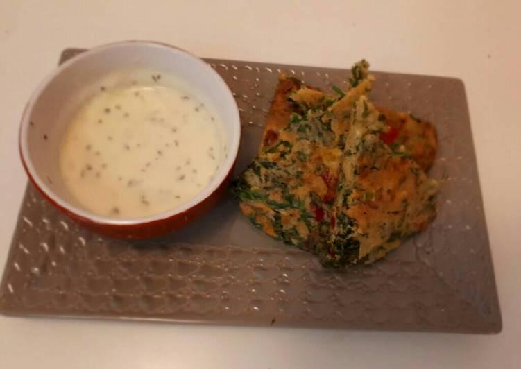 Galette de fanes de carottes, poivrons et emmental