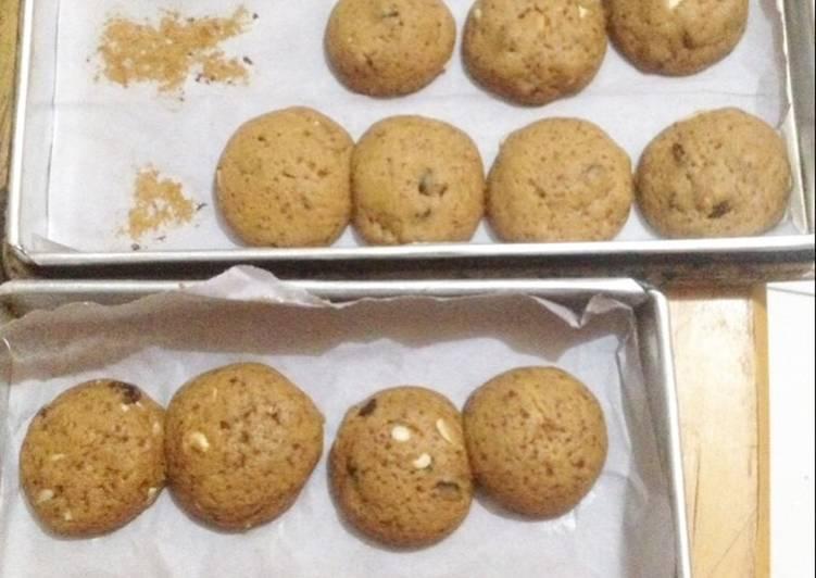 Resep Choco Chips Almond Raisin Cookies Anti Gagal
