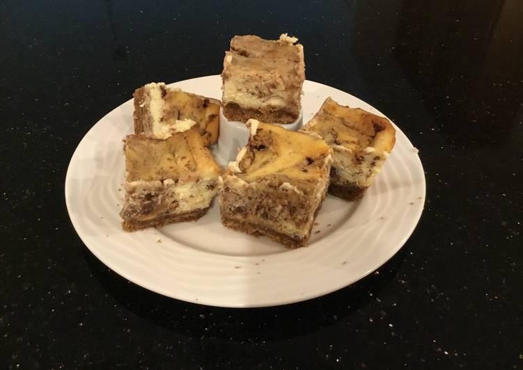 Cinnamon Swirl Cheesecake Bars