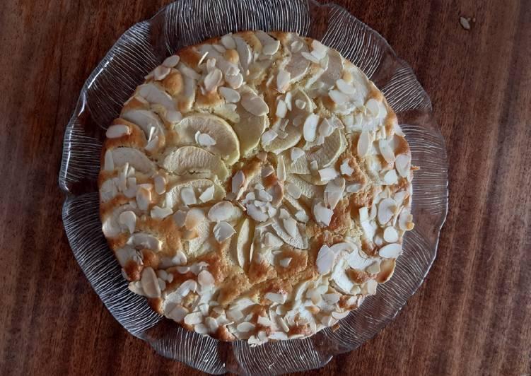 Recette: Gâteau aux pommes et amandes 🍎