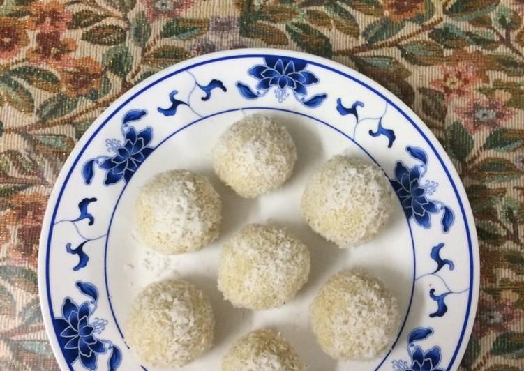 Easy Comfort Dinner Ideas Special Nariyal ladoo