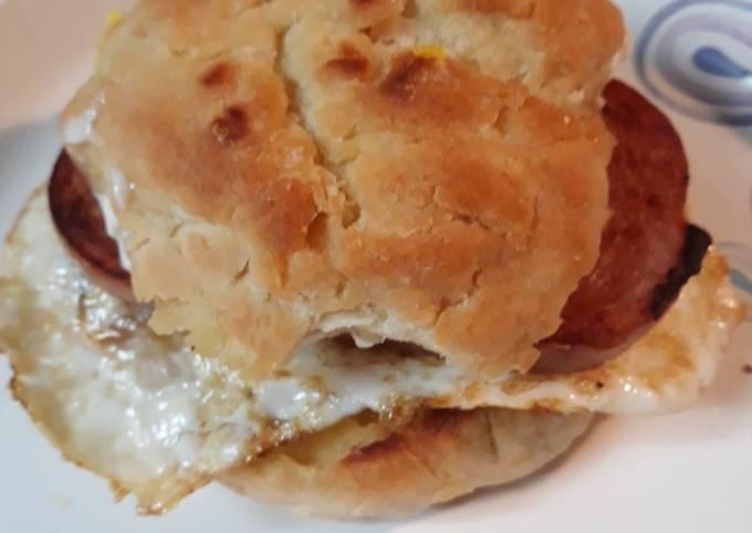 Recipe: Appetizing Refried Biscuit Sandwich