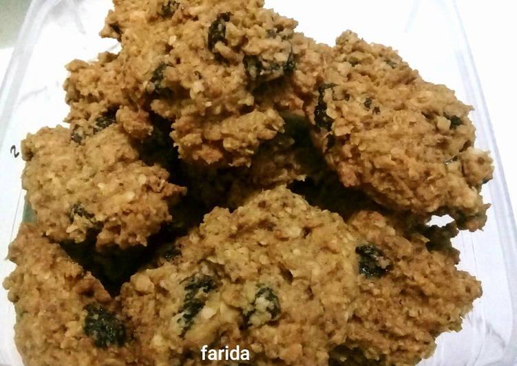Cruncy Oat Wheat Cookies premium