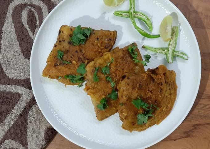 Stuffed Seyal Phulka Sindhi recipe/ Leftover Roti recipe