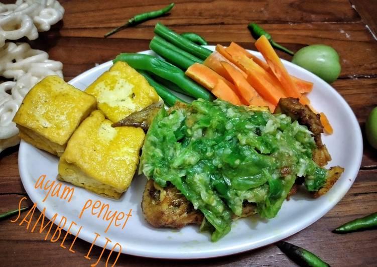 Resep Ayam penyet sambel ijo yang Bisa Manjain Lidah