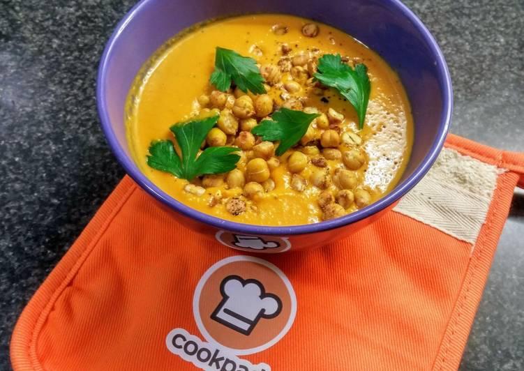 Soupe patates douces/cacahuète/épices (vegan)