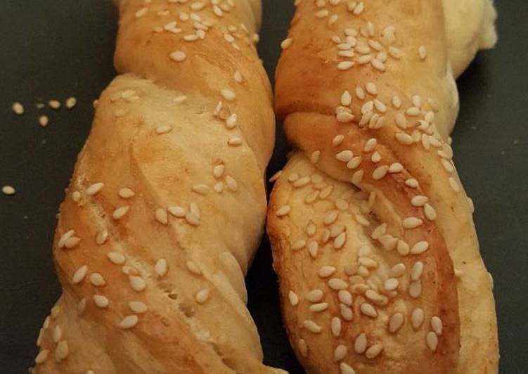5 Minute How to Make Quick Sesame Seed Twists
