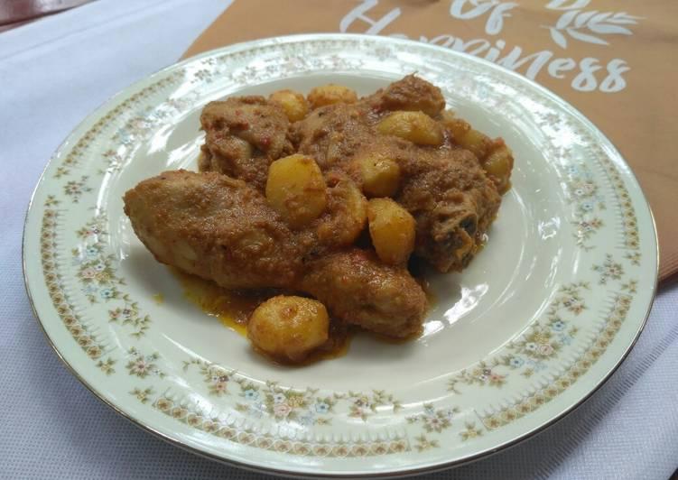 Resep Rendang Ayam Kentang Yang Mudah Bikin Nagih