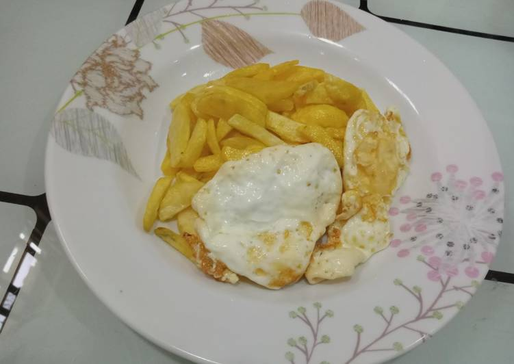 Recipe of Ultimate Fried potatoes with poached eggs