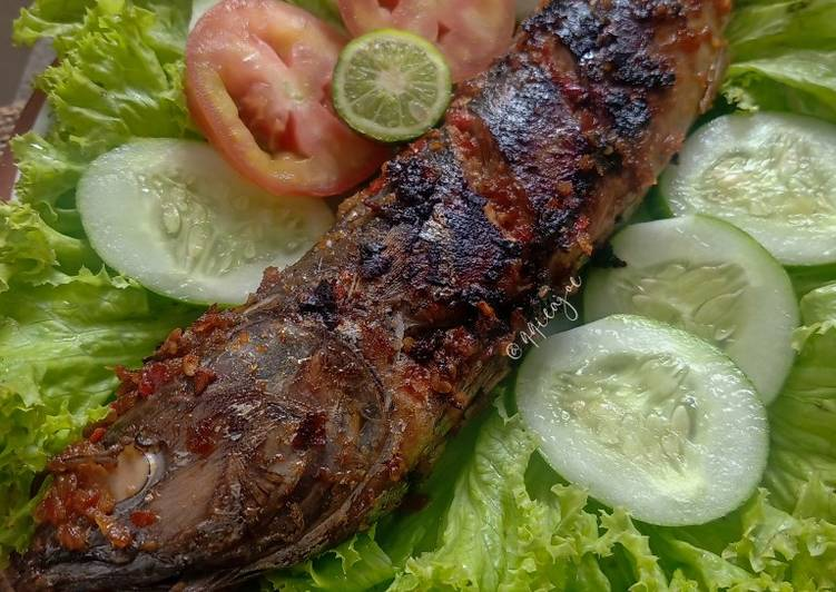 Ikan bakar bumbu jimbaran