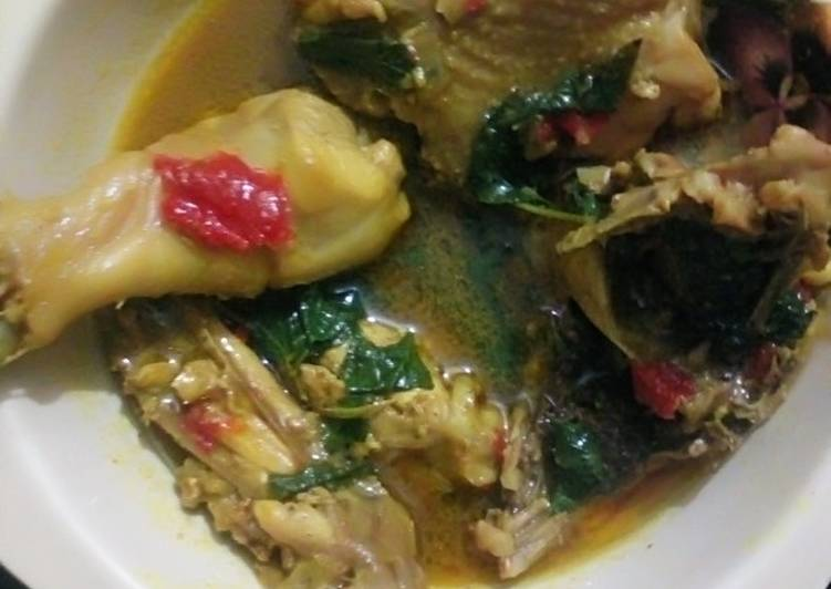 Chicken pepper soup, What Are The Benefits Of Consuming Superfoods?