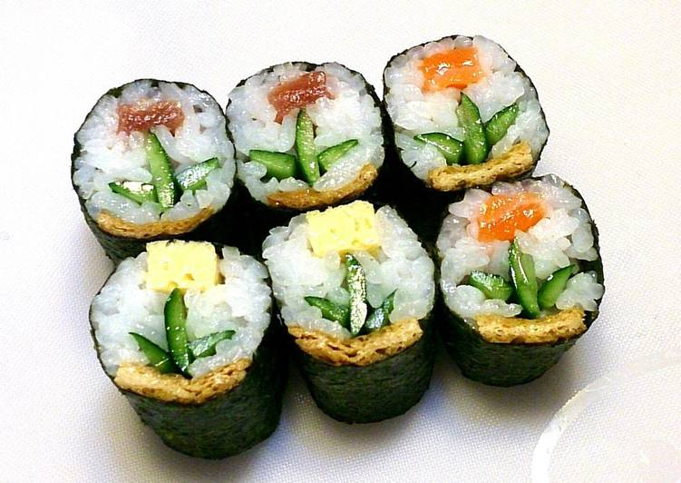 Designers' rolled sushi (flowers)