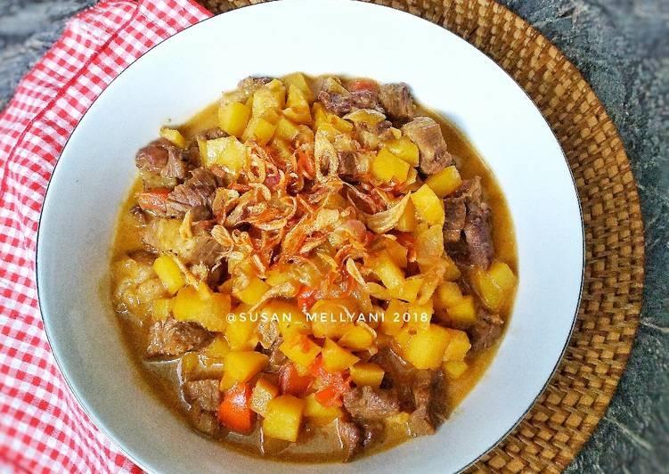 Beef curry potato