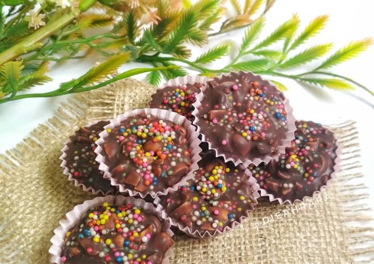 Coklat Kacang 🍫