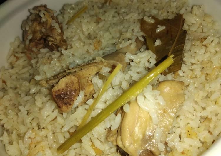 Nasi kebuli ayam kampung
