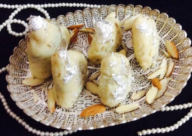 Dates Nuts Filled Khoya samosa