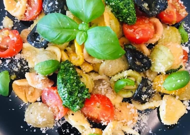 Pâtes multicolores aux saveurs d'Italie