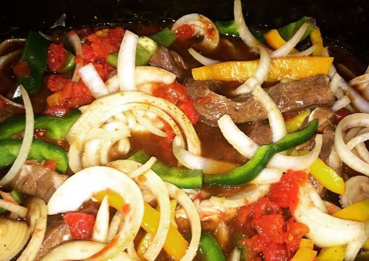 How to Prepare Quick Crockpot Pepper Steak