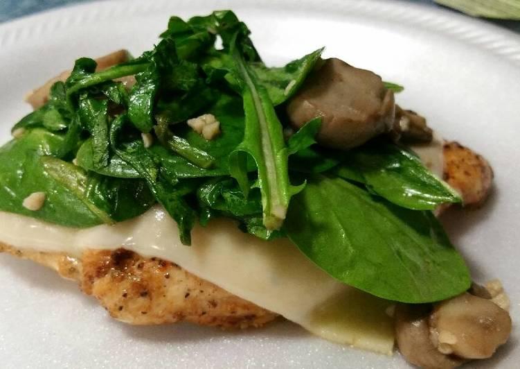 Recipe of Super Quick Homemade Mushroom Garlic Chicken with Arugula