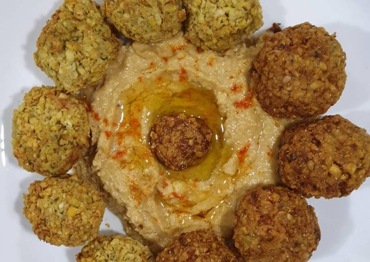 Recipe Falafel and Hummus- a Middle East dish, which is lip smacking, enjoyed all over the world Delicious