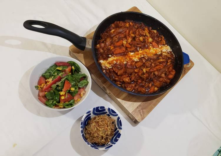 Recipe of Favorite Dakgalbi (Korean spicy chicken)
