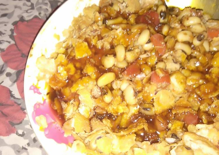Dining 14 Superfoods Is A Terrific Way To Go Green For Better Health White beans golgappa chaat