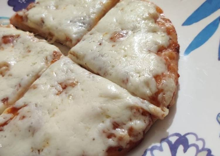 Easiest Way to Prepare Delicious Margherita Pizza
