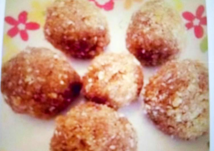 What are some Dinner Easy Ultimate Sugarfree Rava Coconut Laddoo