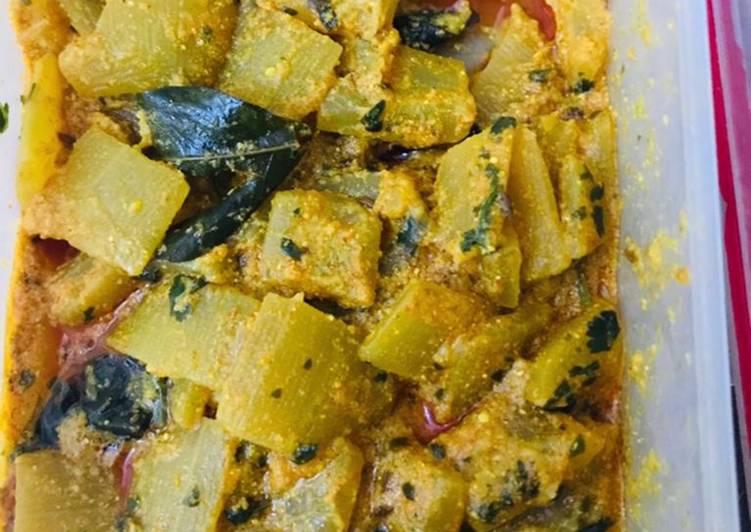 Simple Way to Prepare Top-Rated Lauki till curry (kaddu & till)