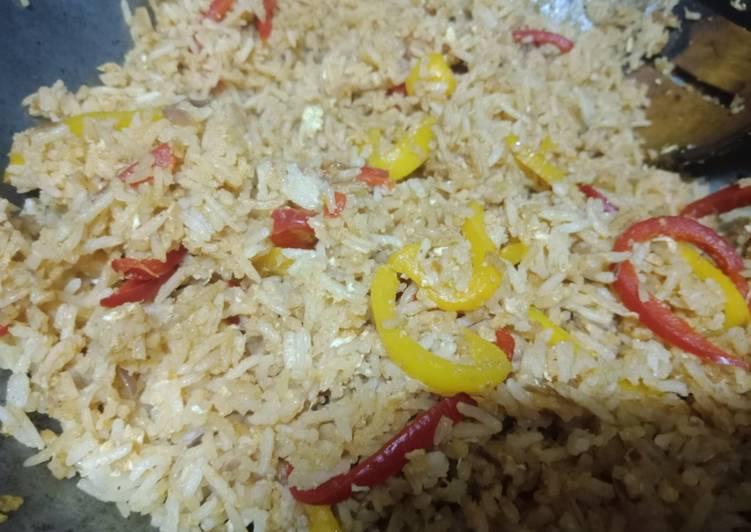 Egg stir fried rice